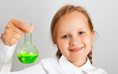 Thursdays: Reception Stage Scientist  |  Happy Days